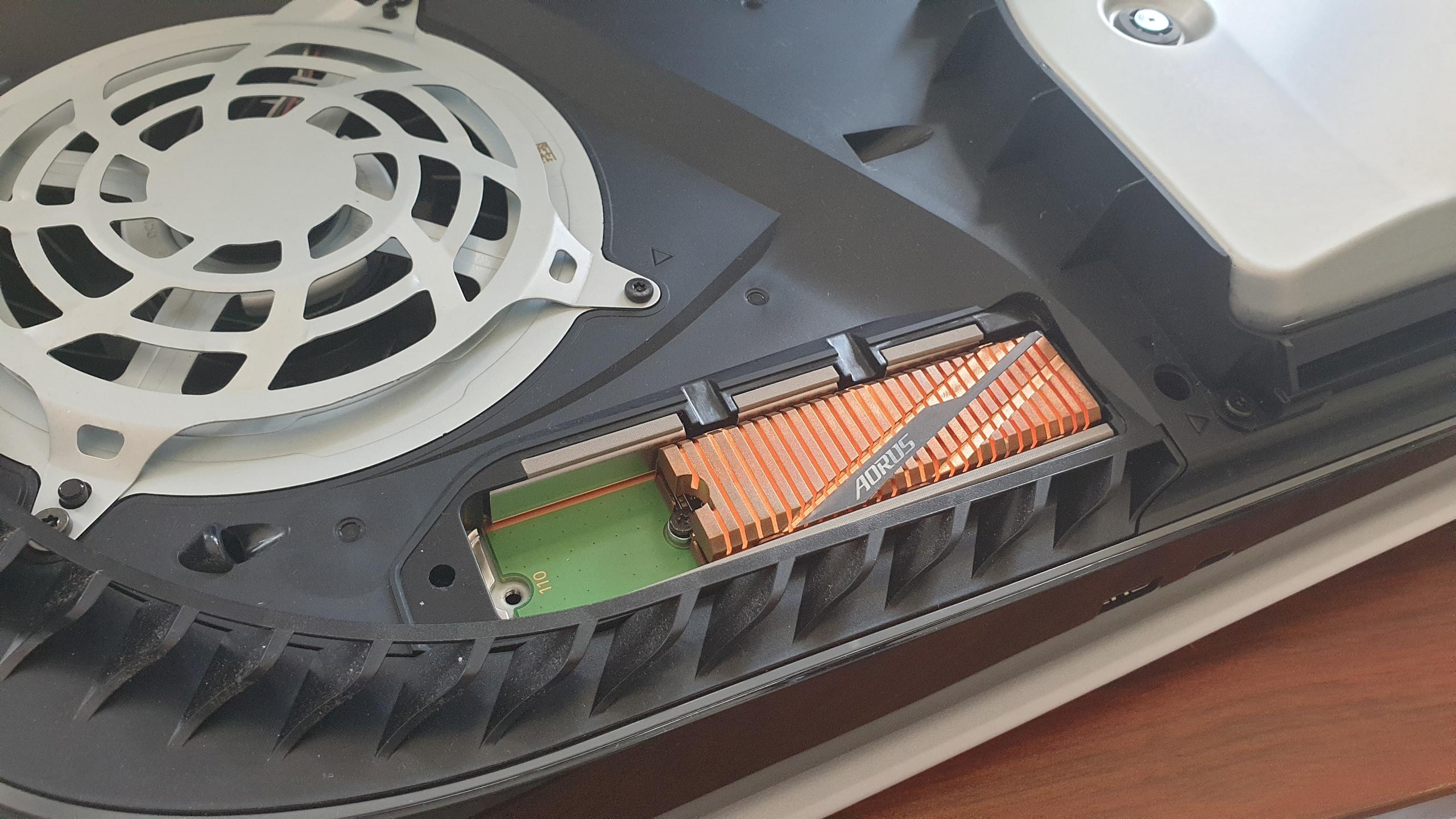 Digital Foundry подготовили список из M.2 SSD, которые точно подойдут к PS5.