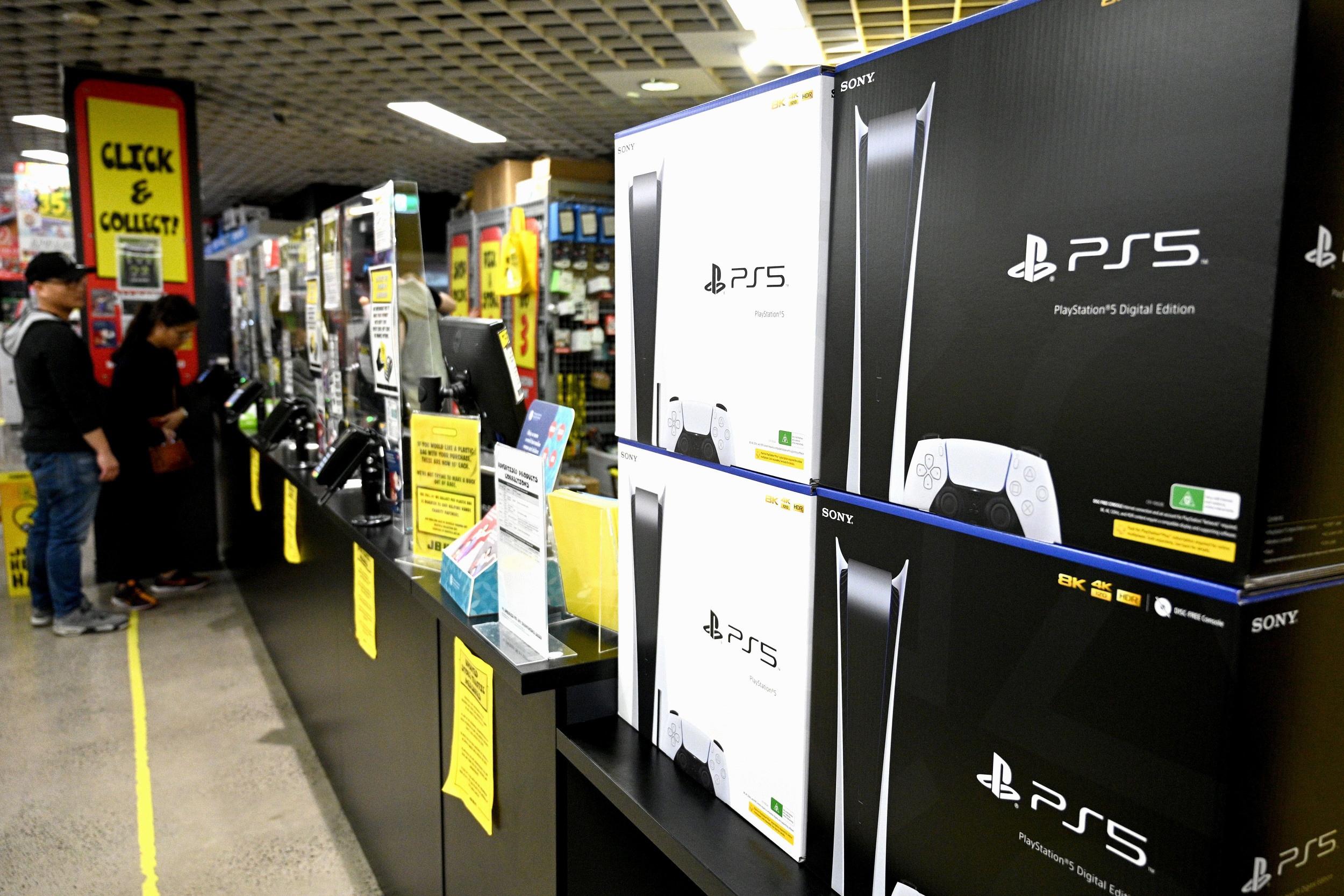 Sony считает маловероятным то, что ситуация с доступностью PS5 сильно улучшится до апреля 2022 года
